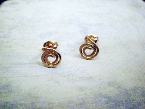 Gold spiral post earrings
